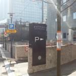 Sign-Capitale - Signalétique externe Totem entrée parking