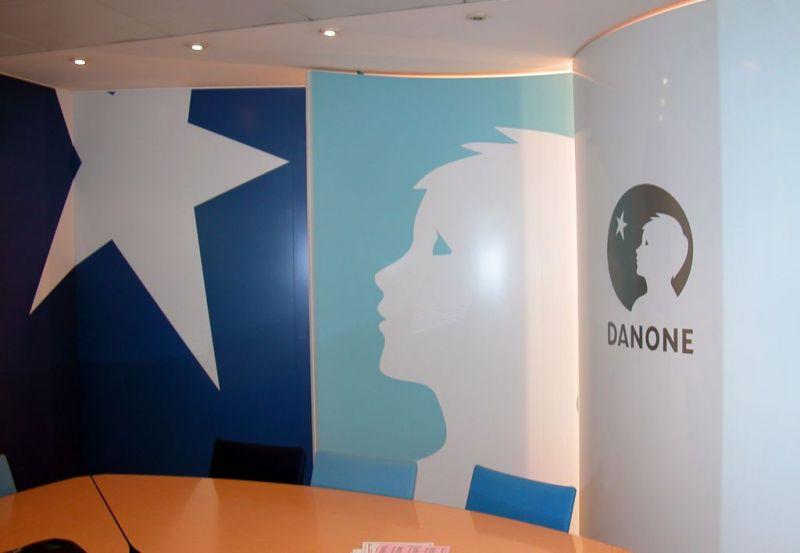 Sign capitale signalétique interne décor mural sticker vinyle décor vinyle sur mur sign capitale impression numérique