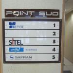 Sign-Capitale - Panneau d'accueil société signalétique interne