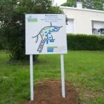 Sign-capitale Signalétique externe - Plan de site sur poteau