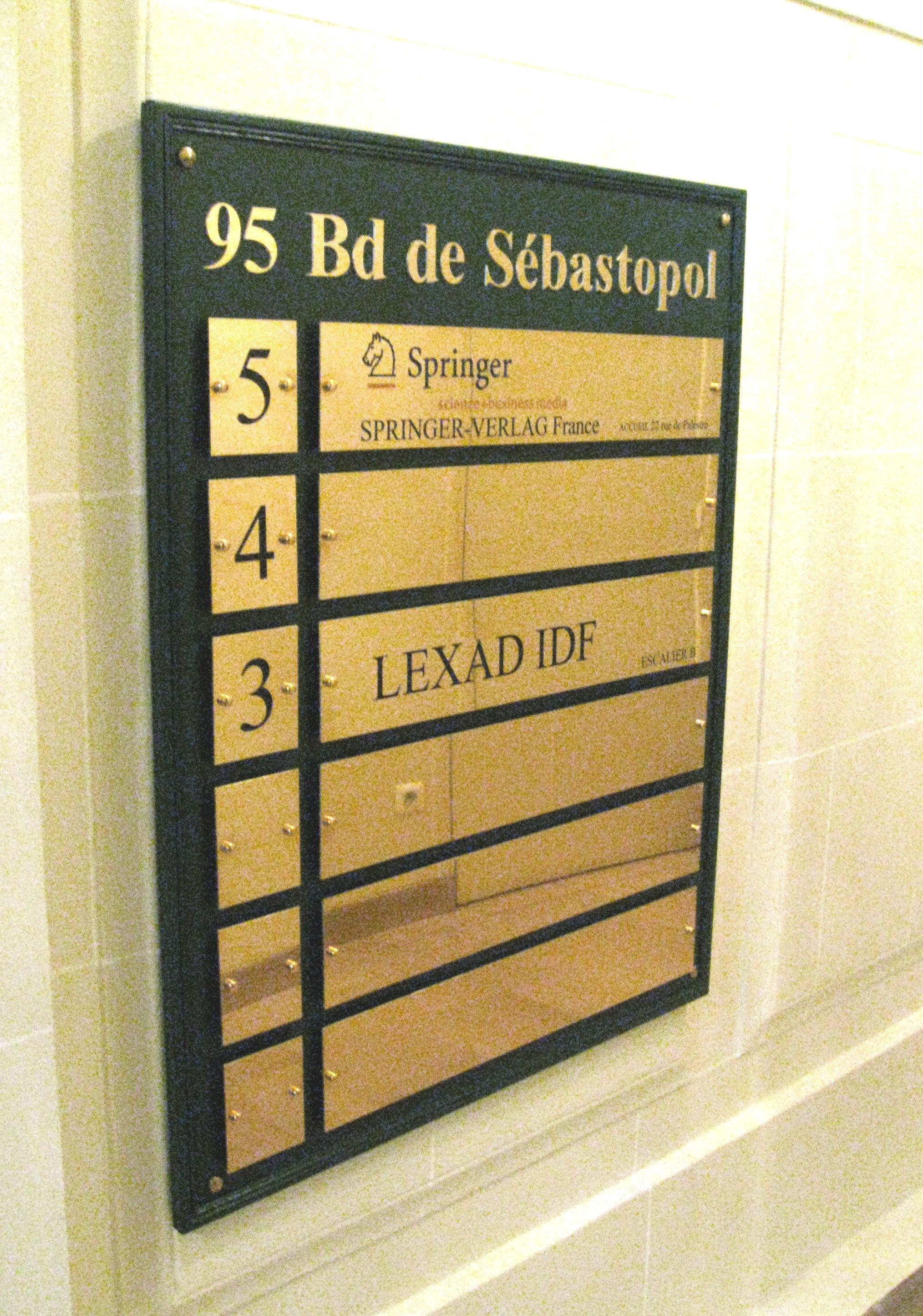 Panneau de hall signal tique int rieure sign capitale for Plaque de porte decorative