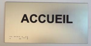 Plaque PVC en relief + braille