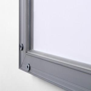 Cadre lumineux avec affichage leds, vue de l'arrière du profil aluminium