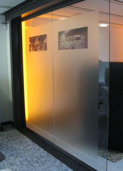 Sign-capitale Impression de photo sur film dépoli vitre bureaux