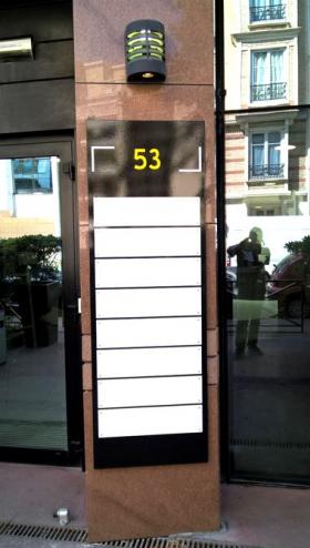 panneau modulaire extérieur pour bureaux